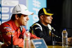 Лукас ди Грасси, ABT Schaeffler Audi Sport, и Стефан Сарразен, Techeetah