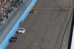 Ricky Stenhouse Jr., Roush Fenway Racing, Ford; Trevor Bayne, Roush Fenway Racing, Ford
