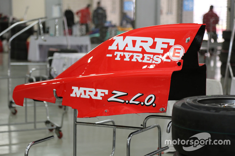 MRF Challenge detalle del coche