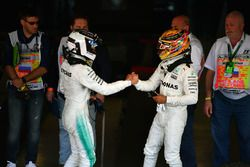 Race winnaar Valtteri Bottas, Mercedes AMG F1 and Lewis Hamilton, Mercedes AMG F1