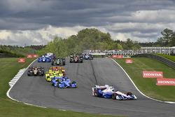 Helio Castroneves, Team Penske Chevrolet, Scott Dixon, Chip Ganassi Racing Honda