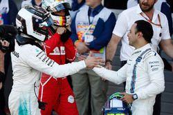 Yarışın galibi Valtteri Bottas, Mercedes AMG F1, Felipe Massa, Williams, Sebastian Vettel, Ferrari