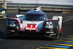 #1 Porsche Team Porsche 919 Hybrid : Neel Jani, Andre Lotterer, Nick Tandy