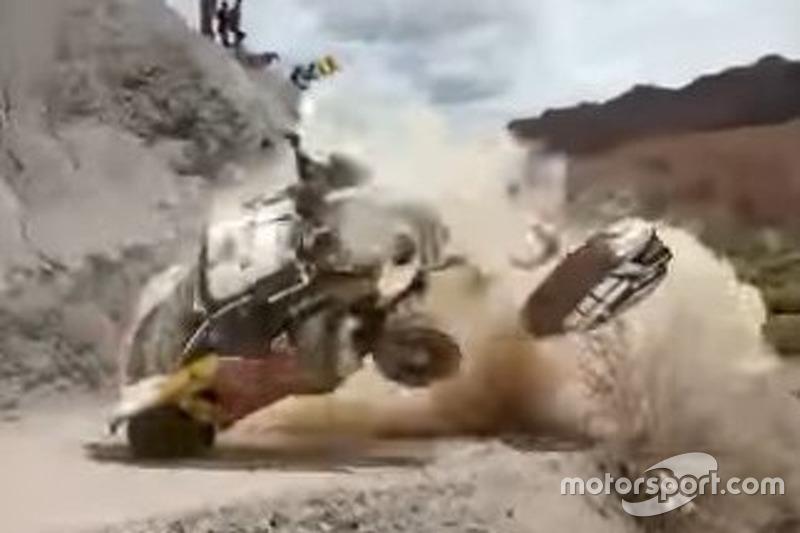 Accidente de Carlos Sainz, Peugeot 3008 DKR (Captura de pantalla)