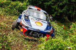 Dani Sordo, Marc Marti, Hyundai i20 WRC, Hyundai Motorsport crash