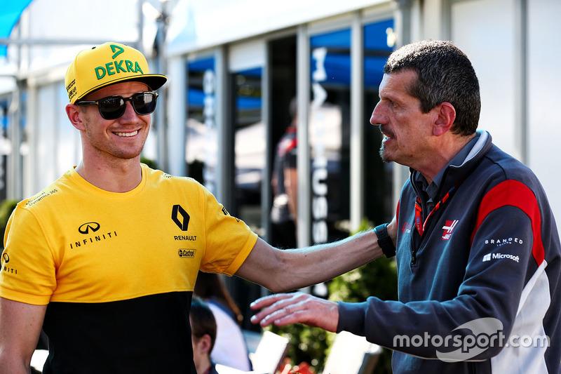 Nico Hülkenberg mit Haas-Teamchef Günther Steiner