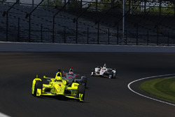 Simon Pagenaud, Team Penske Chevrolet, Will Power, Team Penske Chevrolet, Helio Castroneves, Team Pe