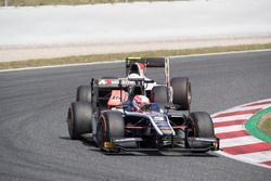 Luca Ghiotto, RUSSIAN TIME devant Jordan King, MP Motorsport