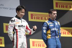 Podium : le vainqueur Nobuharu Matsushita, ART Grand Prix, le troisième, Nicholas Latifi, DAMS