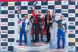 Podio GTS: il vincitore della gara Jade Buford, Racers Edge Motorsports, il secondo classificato Ernie Francis Jr., PF Racing, il terzo classificato Lawson Aschenbach, Blackdog Speed Shop
