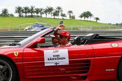 Kimi Raikkonen, Ferrari pilotlar geçit töreni