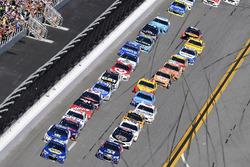 Chase Elliott, Hendrick Motorsports Chevrolet et Dale Earnhardt Jr., Hendrick Motorsports Chevrolet