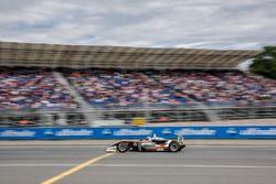 Spectators, Jehan Daruvala, Carlin, Dallara F317 - Volkswagen