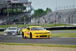 #97 TA2 Chevrolet Camaro, Tom Sheehan, Damon Racing, #44 TA2 Dodge Challenger, Adam Andretti, ECC Mo