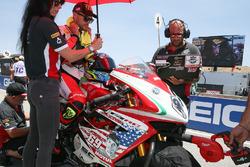Leon Camier, MV Agusta, tributo a Nicky Hayden