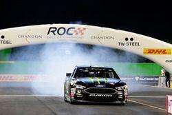 Demo van Kurt Busch, Stewart-Haas Racing, Ford