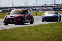 #52 MINI JCW Team MINI Cooper John Cooper Works: Mark Pombo, Nate Norenberg