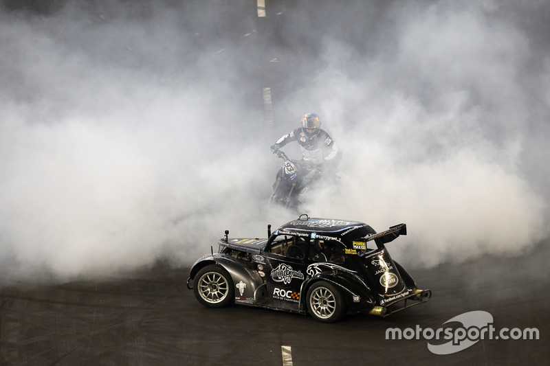 Terry Grant, stunt driver