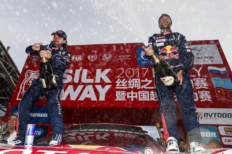 Winners Cyril Despres, David Castera, Peugeot Sport