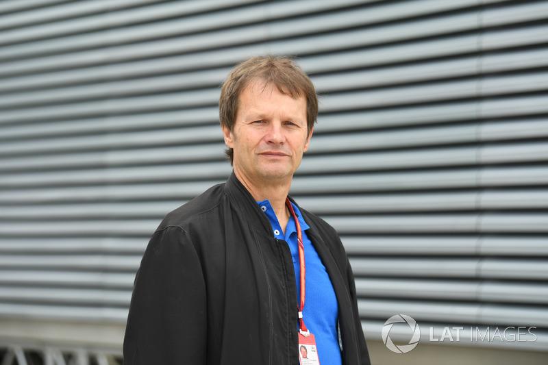 Журналіст Міхаель Шмідт