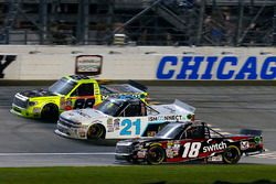 Noah Gragson, Kyle Busch Motorsports Toyota, Johnny Sauter, GMS Racing Chevrolet, Matt Crafton, ThorSport Racing Toyota
