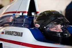 Robert Shwartzman, Koiranen GP
