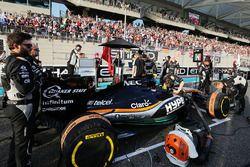Sergio Perez, Sahara Force India F1 VJM09, sur la grille de départ