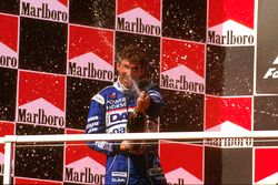 Podium: second position Damon Hill, Arrows