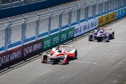 Felix Rosenqvist, Mahindra Racing, leads Sam Bird, DS Virgin Racing