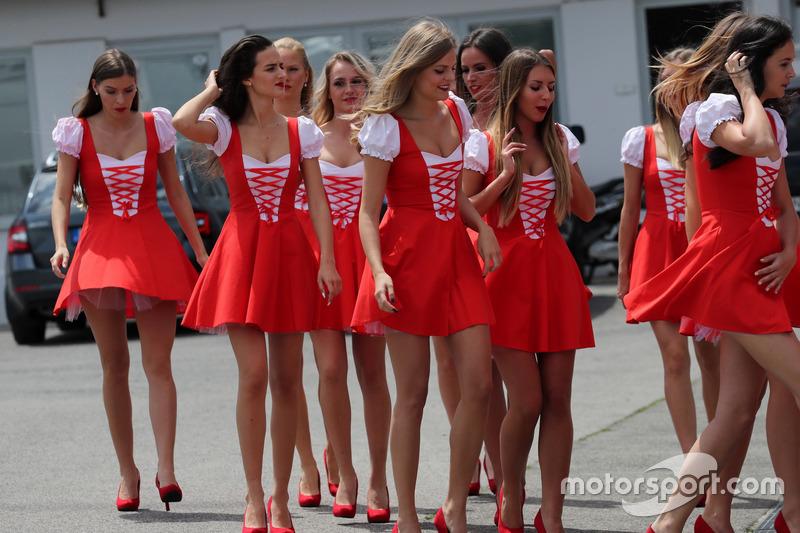 Teen girls in Budapest