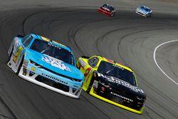 Daniel Hemric, Richard Childress Racing Chevrolet, Paul Menard, Richard Childress Racing Chevrolet LAT Images