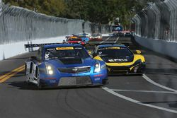 #8 Cadillac Racing Cadillac ATS-VR GT3: Michael Cooper, #9 K-Pax Racing McLaren 650S GT3: Alvaro Parente