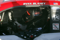 Race winner Ryan Blaney, Wood Brothers Racing Ford