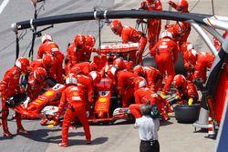 Boxenstopp: Sebastian Vettel, Ferrari SF70H