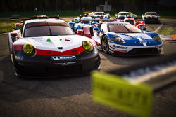 #67 Ford Chip Ganassi Racing Ford GT: Andy Priaulx, Harry Tincknell durante la foto di gruppo