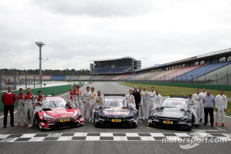 Los pilotos 2017 con Dieter Gass, jefe de DTM Audi Sport, Jens Marquardt, BMW Motorsport Director, U