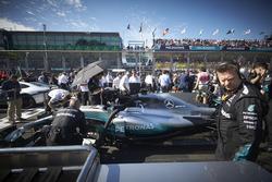 La voiture de Lewis Hamilton, Mercedes AMG F1 W08, sur la grille
