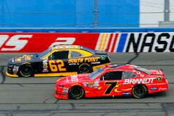 Брендан Гоэн, Richard Childress Racing Chevrolet и Джастин Алгайер, JR Motorsports Chevrolet