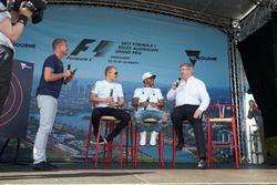 David Coulthard, Channel 4 F1, Valtteri Bottas, Mercedes AMG, Lewis Hamilton, Mercedes AMG, ve Ross Brawn, Motorsporları Direktörü, FOM
