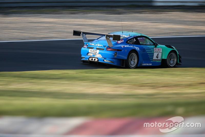 #4 Falken Motorsport, Porsche 911 GT3 R: Martin Ragginger, Jörg Bergmeister, Laurens Vanthoor