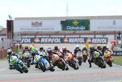 Aksi start Moto2 European Championship