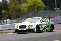 #117 EIcars BENTLEY TTO Bentley Continental GT3: Yuji Ide, Ryohei Sakaguchi