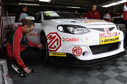 Aron Taylor-Smith, Triple Eight Racing MG Motor, MG 6 GT