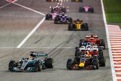 Льюис Хэмилтон, Mercedes AMG F1 W08, Даниэль Риккардо, Red Bull Racing RB13, Фелипе Масса, Williams