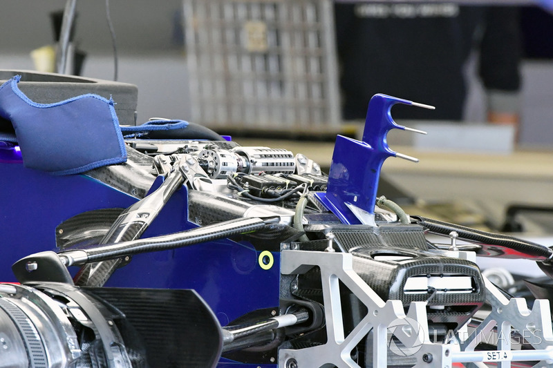 Scuderia Toro Rosso STR12 nose, front suspension and chassis detail detail
