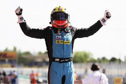 Yarış galibi Arjun Maini, Jenzer Motorsport