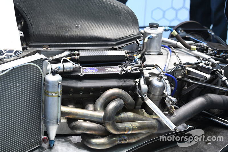 F1 Experiences 2-Seater engine
