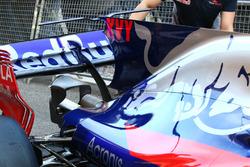 Scuderia Toro Rosso STR12, detalle