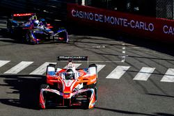Nick Heidfeld, Mahindra Racing; Sam Bird, DS Virgin Racing