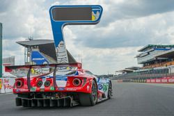 #67 Ford Chip Ganassi Racing Ford GT: Andy Priaulx, Harry Tincknell, Pipo Derani